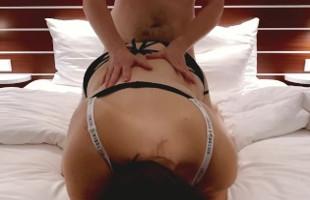 Image Gorda infiel queda en un hotel con su amante para follar