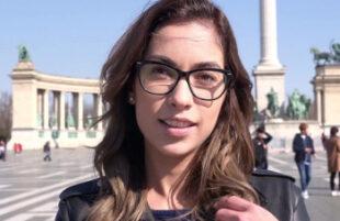 Image Guapa estudiante alemana acepta grabar porno ante una cámara