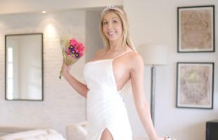 Image Sexy tetona acaba su cita con sexo duro y un creampie en su coño
