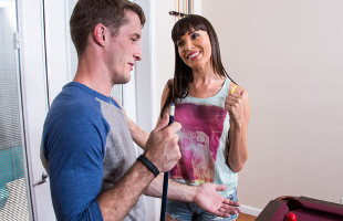 Image Dana Dearmond consuela al marido de una amiga con un polvazo