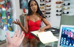 Image Su novia mulata no pudo resistirse más y le pidió sexo duro